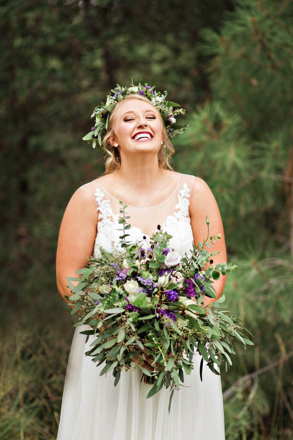Woodland-Bohemian-Wedding-at-the-Cabins-at-Strawberry-Hill-Amilia-Photography-3