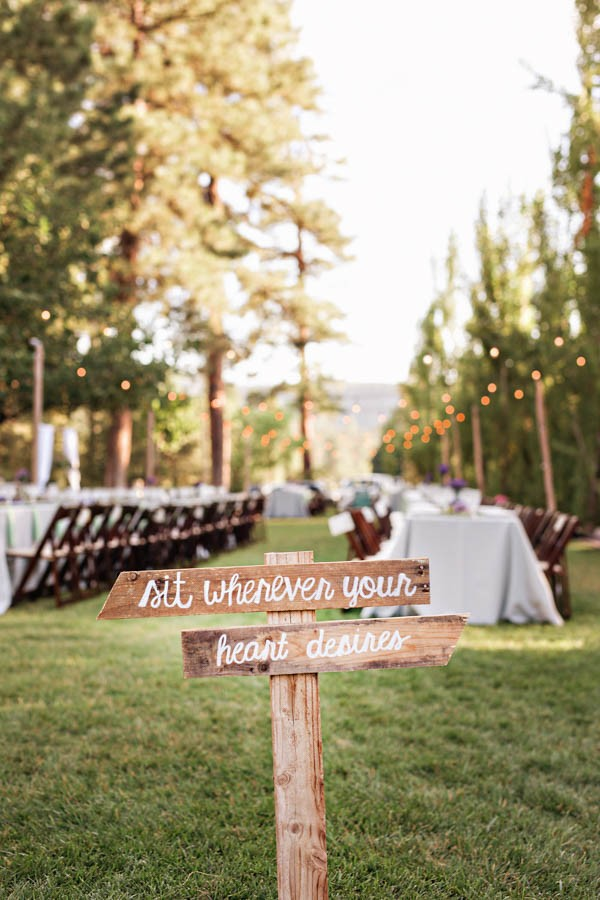 Woodland-Bohemian-Wedding-at-the-Cabins-at-Strawberry-Hill-Amilia-Photography-32
