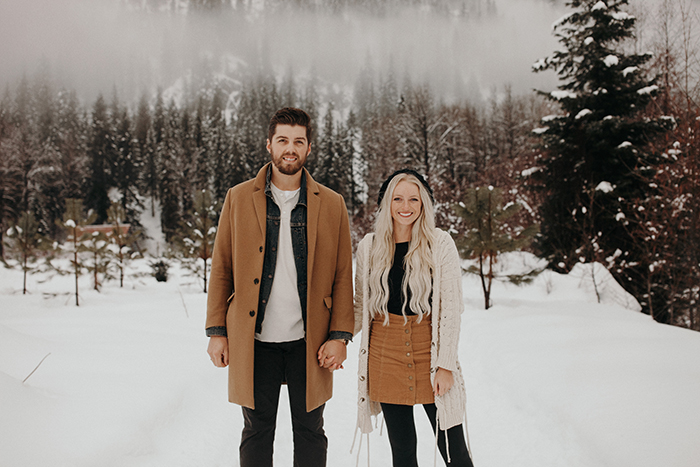 Stay Warm In These 10 Winter Engagement Outfit Ideas Junebug Weddings