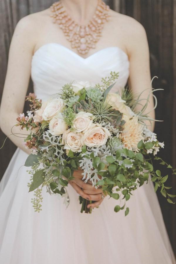 Blush-California-Wedding-at-Manka-Inverness-Lodge (10 of 35)