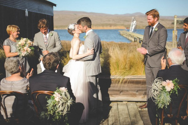 Blush-California-Wedding-at-Manka-Inverness-Lodge (18 of 35)