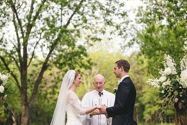 Classically-Beautiful-Wedding-at-Magnolia-Manor-Hartman-Outdoor-Photography-12