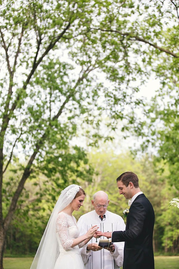 Classically-Beautiful-Wedding-at-Magnolia-Manor-Hartman-Outdoor-Photography-13