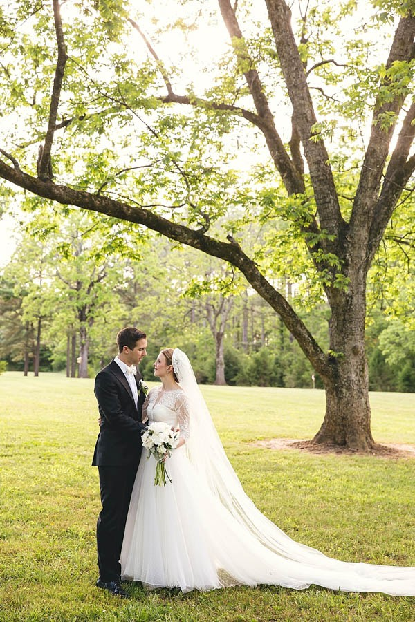 Classically-Beautiful-Wedding-at-Magnolia-Manor-Hartman-Outdoor-Photography-15