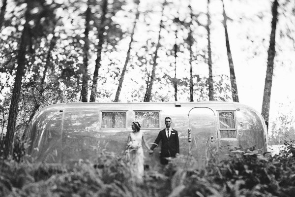 Earthy-Oregon-Wedding-at-Hornings-Hideout-Nakalan-McKay-12