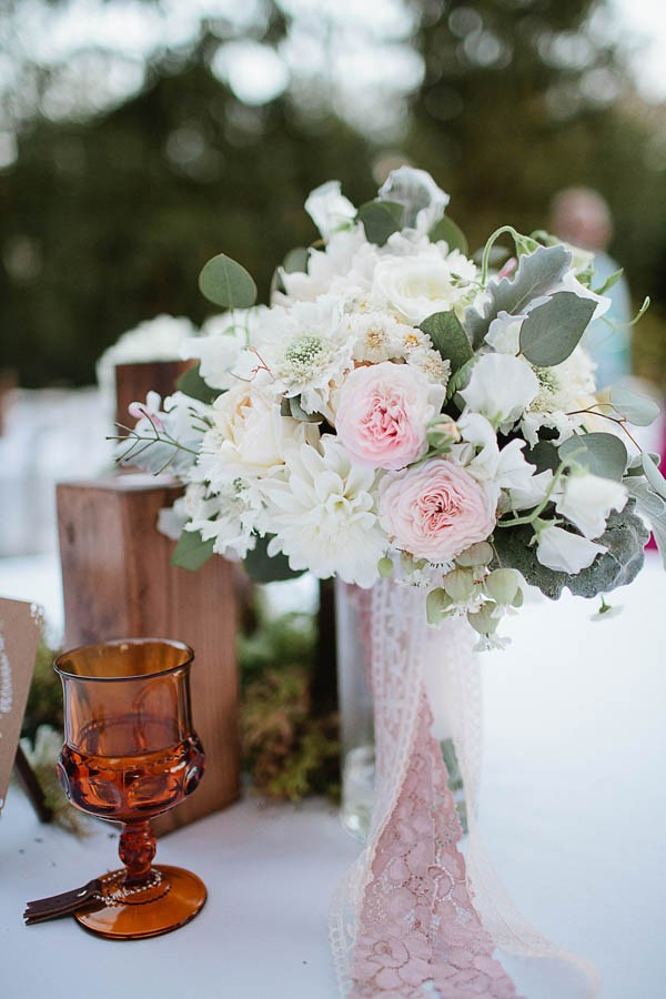 Earthy-Oregon-Wedding-at-Hornings-Hideout-Nakalan-McKay-39