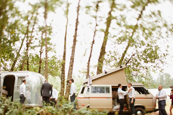 Earthy-Oregon-Wedding-at-Hornings-Hideout-Nakalan-McKay-4