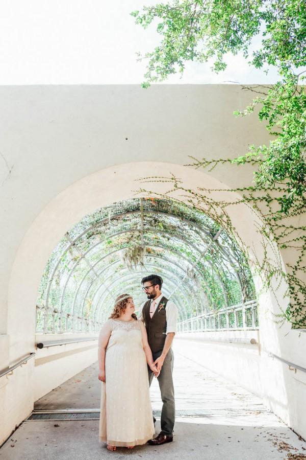 Effortlessly-Natural-Florida-Wedding-at-Charles-Ringling-Mansion (19 of 30)