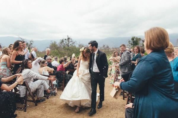 Elegantly-Whimsical-Ojai-Valley-Wedding-Jenn-Sanchez-Floral-Design-10