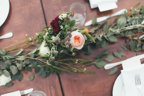 Elegantly-Whimsical-Ojai-Valley-Wedding-Jenn-Sanchez-Floral-Design-16