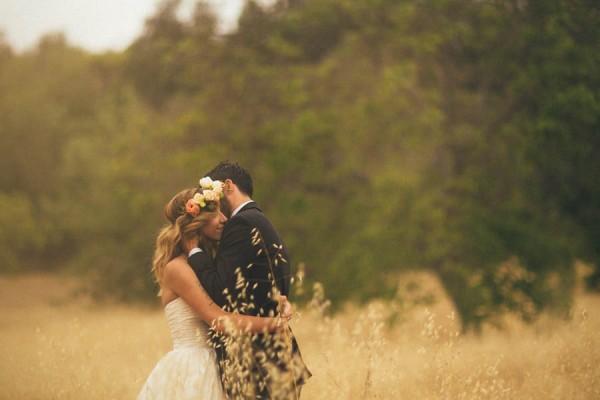 Elegantly-Whimsical-Ojai-Valley-Wedding-Jenn-Sanchez-Floral-Design-25
