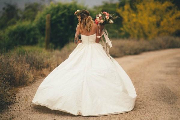 Elegantly-Whimsical-Ojai-Valley-Wedding-Jenn-Sanchez-Floral-Design-26