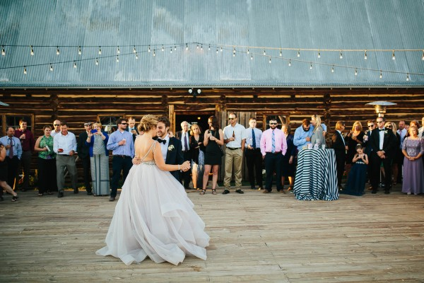 Glamorous-Colorado-Wedding-at-Strawberry-Creek-Ranch (27 of 32)