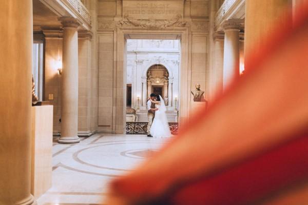 Gorgeous-Intimate-San-Francisco-City-Hall-Wedding-Danila-Mednikov-Photography-17