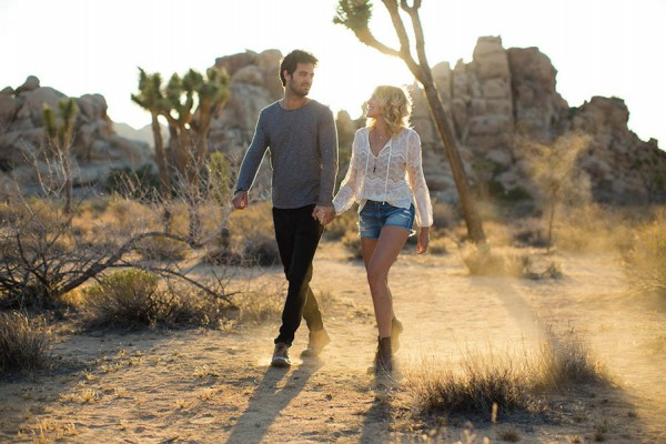 Intimate-Joshua-Tree-Engagement-Photos-Dustin-Cantrell-17