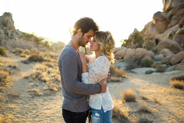 Intimate-Joshua-Tree-Engagement-Photos-Dustin-Cantrell-18