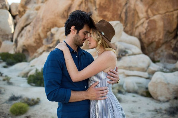 Intimate-Joshua-Tree-Engagement-Photos-Dustin-Cantrell-27