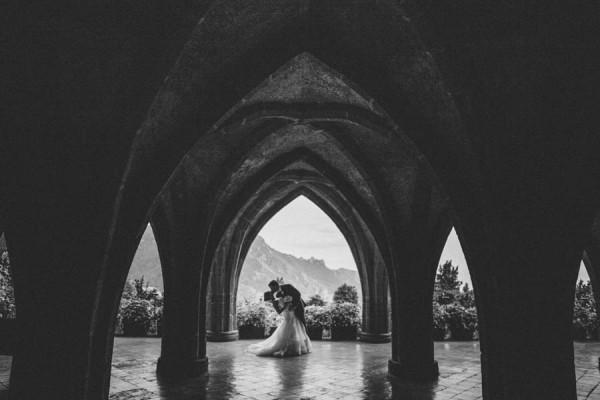 Italian-Destination-Elopement-at-Villa-Cimbrone-Sardinia-Wedding-Photographer-24