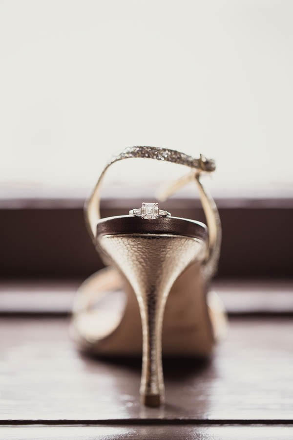 Modern-Classic-Wedding-at-The-Room-on-Main-Shaun-Menary-Photography-1