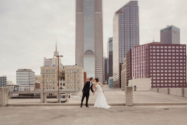 Modern-Classic-Wedding-at-The-Room-on-Main-Shaun-Menary-Photography-10