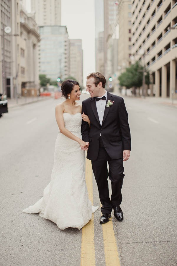 Modern-Classic-Wedding-at-The-Room-on-Main-Shaun-Menary-Photography-9