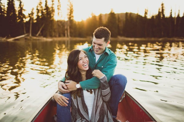 Mountain-Backdrop-Engagement-Photos-at-Sparks-Lake-Natalie-Puls-Photography-4