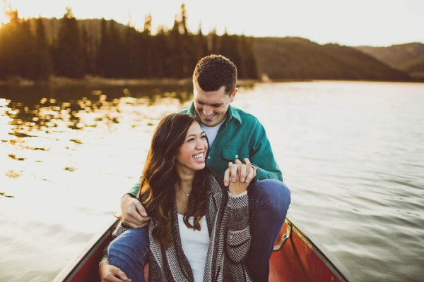 Mountain-Backdrop-Engagement-Photos-at-Sparks-Lake-Natalie-Puls-Photography-5