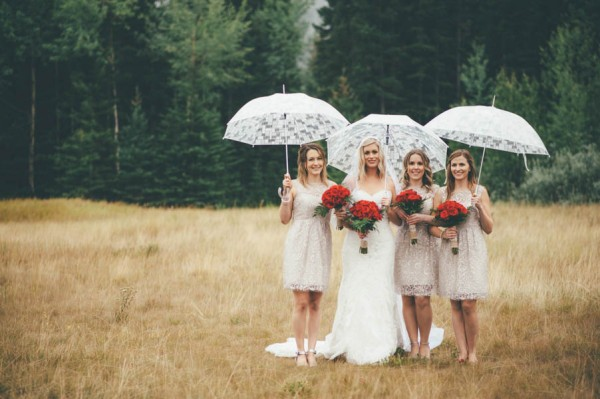 Rainy-Mountain-Wedding-in-Quarry-Lake-Park-Joelsview-Photography-14