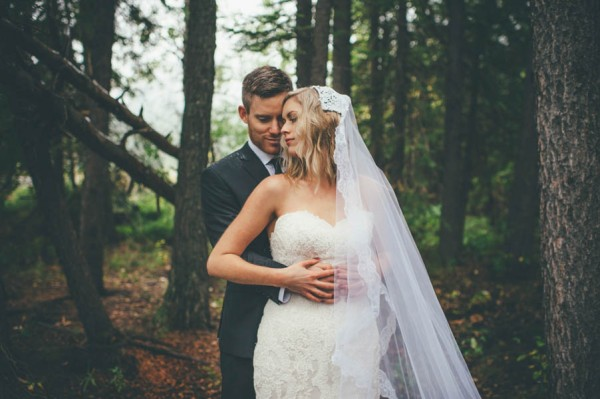 Rainy-Mountain-Wedding-in-Quarry-Lake-Park-Joelsview-Photography-21