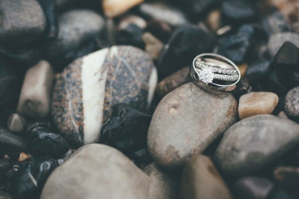 Rainy-Mountain-Wedding-in-Quarry-Lake-Park-Joelsview-Photography-28