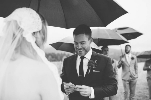 Rainy-Mountain-Wedding-in-Quarry-Lake-Park-Joelsview-Photography-7