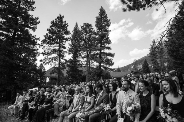 Romantic-Estes-Park-Wedding-at-Taharaa-Mountain-Lodge (8 of 27)