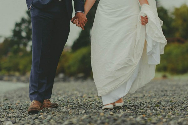 Sentimental-Vancouver-Island-Wedding-at-The-Dolphins-Resort-Jennifer-Armstrong-Photography-10