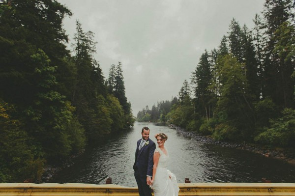Sentimental-Vancouver-Island-Wedding-at-The-Dolphins-Resort-Jennifer-Armstrong-Photography-14