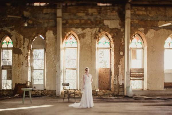 Shabby-Chic-Texas-Bridal-Session-Shaun-Menary-Photography-1