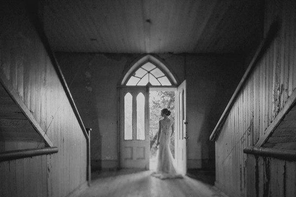 Shabby-Chic-Texas-Bridal-Session-Shaun-Menary-Photography-14