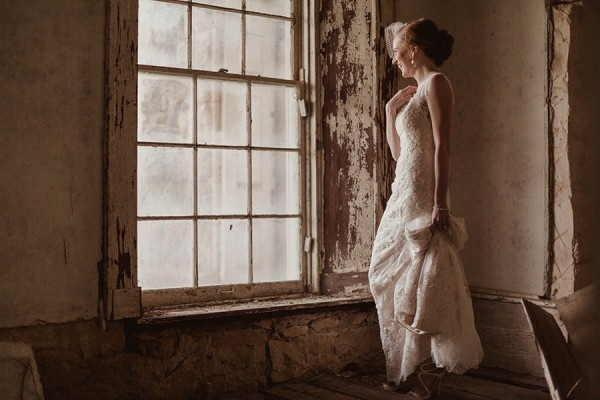 Shabby-Chic-Texas-Bridal-Session-Shaun-Menary-Photography-16
