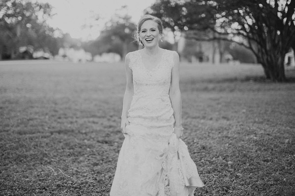 Shabby-Chic-Texas-Bridal-Session-Shaun-Menary-Photography-19