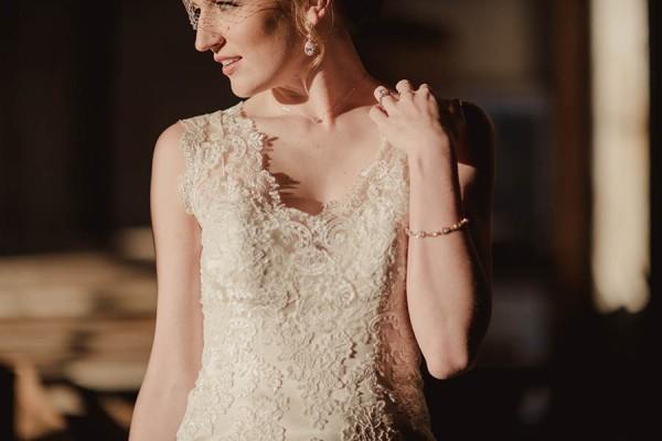 Shabby-Chic-Texas-Bridal-Session-Shaun-Menary-Photography-6