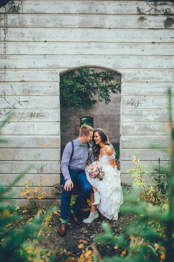 Stunning-Banff-Elopement-in-the-Tunnel-Mountain-Reservoir-Tricia-Victoria-Photography-20
