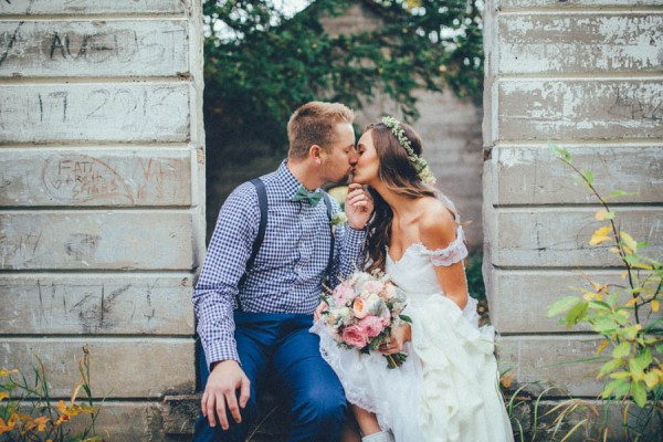 Stunning-Banff-Elopement-in-the-Tunnel-Mountain-Reservoir-Tricia-Victoria-Photography-21