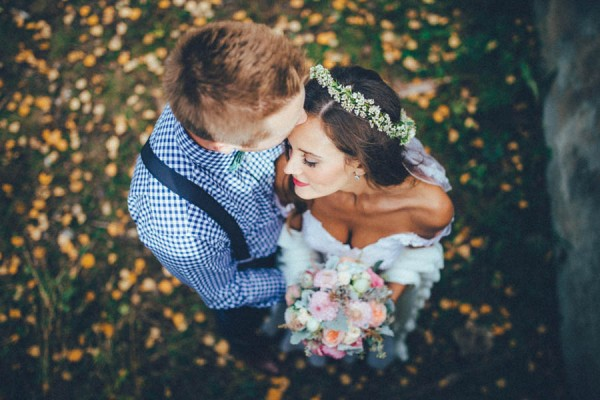 Stunning-Banff-Elopement-in-the-Tunnel-Mountain-Reservoir-Tricia-Victoria-Photography-31