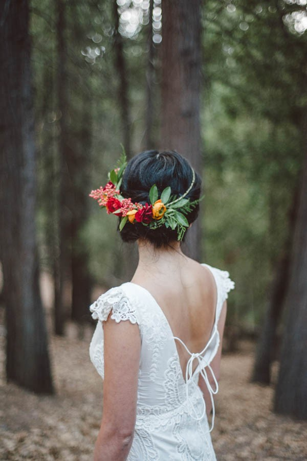 Vibrant-and-Earthy-Forest-Wedding-Inspiration-in-the-Palomar-Mountains-Color-and-Cake-Photography-15