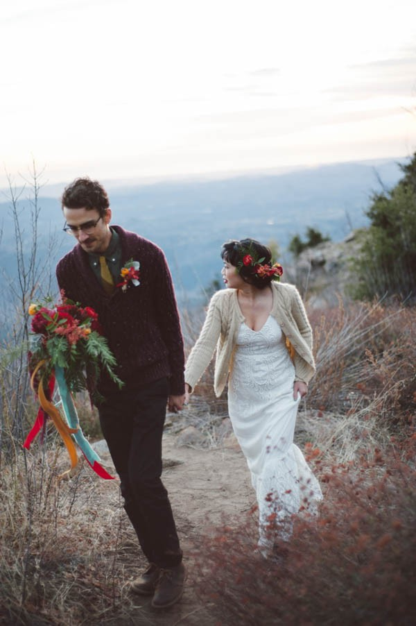 Vibrant-and-Earthy-Forest-Wedding-Inspiration-in-the-Palomar-Mountains-Color-and-Cake-Photography-27