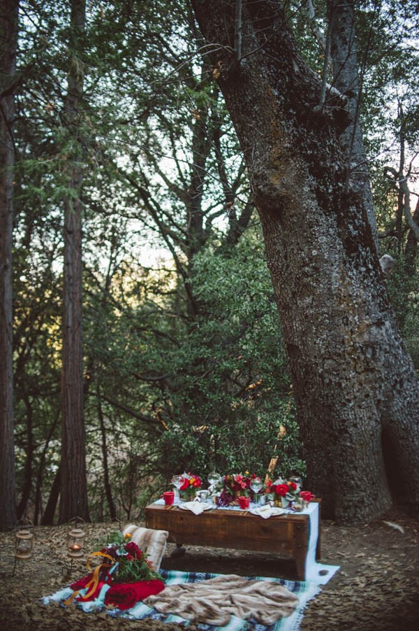 Vibrant-and-Earthy-Forest-Wedding-Inspiration-in-the-Palomar-Mountains-Color-and-Cake-Photography-32