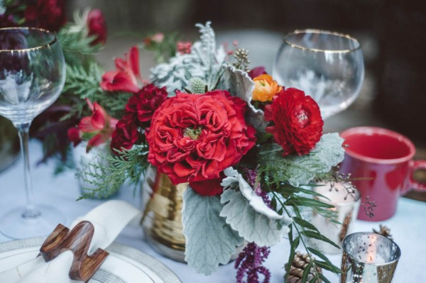 Vibrant-and-Earthy-Forest-Wedding-Inspiration-in-the-Palomar-Mountains-Color-and-Cake-Photography-9