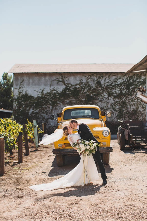 Black-White-Gold-Wedding-Guglielmo-Winery-20