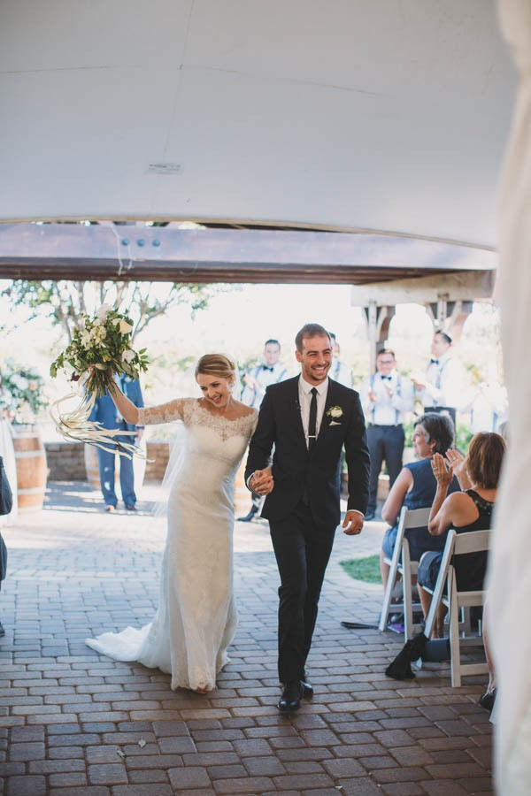 Kate Spade Would Definitely Approve Of This Black White And Gold Wedding At Guglielmo Winery
