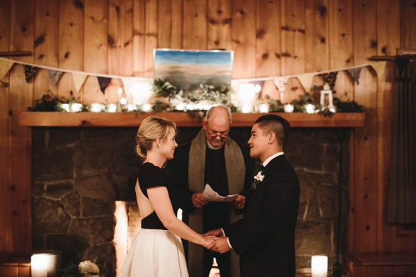 Black-and-White-Log-Cabin-Wedding-Pure-Cozy-Chic-20