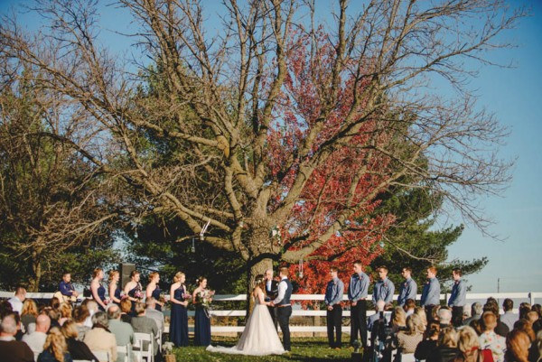 Bohemian-Iowa-Wedding-at-The-Rustic-Rose-Barn-Amanda-Basteen-31
